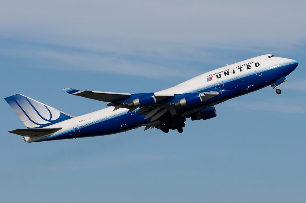 """United takes steps to reduce involuntary """"bumping"""""""